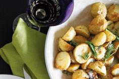 These crunchy roast potatoes are the perfect side dish for your festive feast.