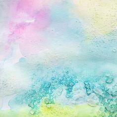 All the pretty colours! This is liquid watercolours and salt such a fun process for little ones. XX #makelightmembers #smockson #getcreativewith #kidscraft101 #kidsart #toddlerart #processart #crafttherainbow #creativekids #invitationtocreate #kidsartclass #bucksmums #bucksartclass