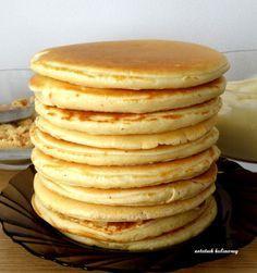 Placki śniadaniowe według Nigelli czyli słodki początek dnia:) Raz na jakiś czas budzę się troszkę wcześniej, by przygotować takie ...
