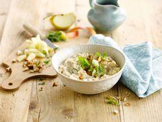 Un porridge frais et délicieux pour commencer la journée en beauté à base de lait d'amande Alpro