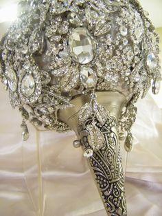 Spectacular crystal bouquet - Crystal Brooch Bouquets Inc. Karen Jones Principal/Chief Designer Crystal Brooch Bouquets Inc. Crystal Bouquet, Crystal Brooch, Bling Bouquet, Pearl Brooch, Broschen Bouquets, Wedding Bouquets, Wedding Brooches, Just In Case, Just For You