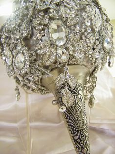 Spectacular crystal bouquet
