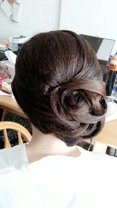 Bridal Makeup & Bridal Hair Styling.Asian Wedding makeup and hair styling by Martha Mok. Www.dmakeupstation.com #Wedding hair #Wedding Makeup #bridal hair #bridal makeup #hair styling #Asian makeup artist #natural makeup #Wedding #hair Flower #hair accessories