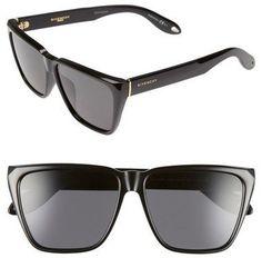 Pin for Later: 30 der coolsten Sonnenbrillen für einen stylischen Sommer  Givenchy Sonnenbrille (259 €)