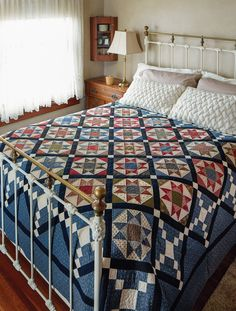 Tributes and Treasures: 12 Vintage-inspired Quilts Made With Reproduction Prints: Paula Barnes, Mary Ellen Robison: 9781604685671: Amazon.com: Books