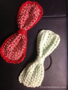 Easy and Cute Crochet Bow Pattern on http://crochetgranny.com