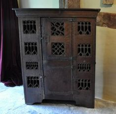 Sold Items: Antique Furniture in French Oak, German Oak, Flemish Oak Renaissance Furniture, Gothic Furniture, French Furniture, Antique Furniture, Wood Furniture, Tudor Decor, Tudor Kitchen, Carpentry And Joinery, Miniature Crafts