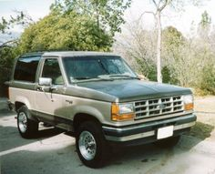 1990 Ford Bronco II. I had a neighbor who had one and I always loved the wrap around back windows