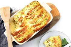 Bacon and Corn Savoury Toastie Bake Savoury Slice, Savoury Dishes, Vegetable Slice, Vegetable Bake, Easy Puff Pastry Recipe, Bread And Butter Pudding, Baked Vegetables, Savoury Baking, Cheap Dinners