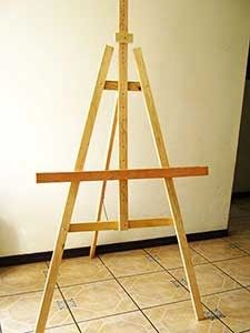 COMO HACER UN CABALLETE para pintar al oleo | Pintar al óleo Wood Projects, Woodworking Projects, Diy Easel, Art Brut, Tripod Lamp, Wooden Signs, Diy Crafts, Painting, Easels