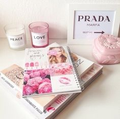 Books and things #Girly decor