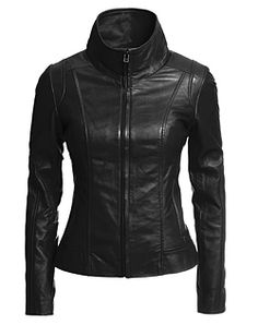 Style # 104030537 NOW $149.99      REG. $499.00 Smooth lamb leather Slim fit Hidden zipper front closure with funnel collar 2 zippered in-seam pockets Back length: 22 1/2 Interior: Detachable liner with winter insulation Fully lined - See more at: http://www.danier.com/leather-outlet-women-jackets-blazers-104030537-P7420.aspx?lang=en=950|666666=yes#sthash.Jdbj1Kra.dpuf