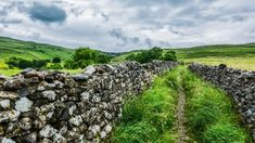 Malham Cove Stone Wall Yorkshire · Free photo on Pixabay Beautiful Places, Beautiful Pictures, Dry Stone, Yorkshire Dales, Lake District, Fishing Lures, Landscape Photography, Photography Tips, Travel Photography