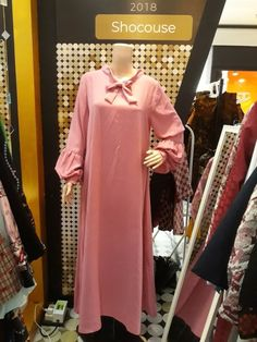 Gamis 046 Rp550 000.00 Material : Crepe, Size : Fit to L, Qty : 9pcshttps://shocouse-identity.ecwid.com/#!/Gamis-046/p/100576374