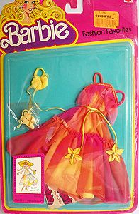 Outfit Barbie 77 79 Fashion Tv, Fashion Dolls, Vintage Barbie Clothes, Matches Fashion, Barbie And Ken, Collector Dolls, Childhood Memories, Cool Things To Buy, Oc