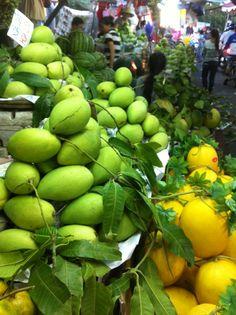 Tet ,Vietnam (Ba Chieu market )2014