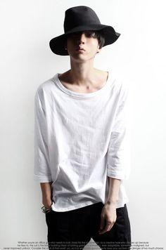 https://minsobi.ch/top-6283?utm_content=buffer37c9c&utm_medium=social&utm_source=pinterest.com&utm_campaign=buffer #ミンソビ #shopping #fashion #Japan #uominiedonne #shirt #tshirt #mens #menswear #uomo #mode #moda #japanfashion #style #design #minsobi
