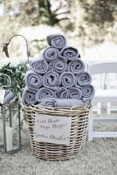 25 Enchanting Winter Wedding Ideas In Grey Shades | Weddingomania ...