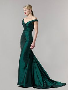 3fe8fcd2013e3 Romona Keveza 2011 Fall Evening Collection. Green Evening GownsEvening ...