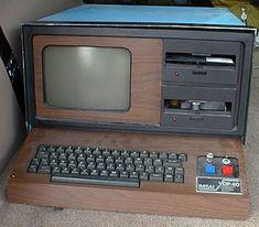 IMSAI 8080 - 1977-1979 desktop computer, Intel 8085, 32KB/64 kb RAM, 2x fdd 80/160 kb, S100 Bus. 2kb monitor ROM, 2kb Video ROM
