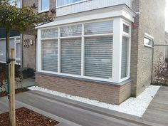 Bay Window, Garage Doors, Shed, Outdoor Structures, Windows, Decorations, Bedroom, Interior, Outdoor Decor