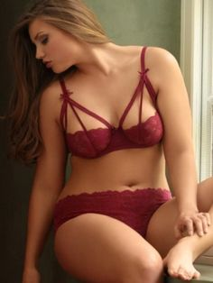 Plus Size Strappy Stretch Lace Bra, Wine