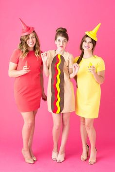 With Halloween fast approaching, it's high time you select the best group Halloween costume. Hit the party with handpicked homemade or funny group Halloween costume ideas from the post here. The post is full of Halloween fashion inspiration. Best Group Halloween Costumes, Halloween Costumes For Girls, Halloween Diy, Hot Dog Halloween Costume, Funny Group Costumes, Family Costumes, Happy Halloween, Three Person Halloween Costumes, Couple Halloween