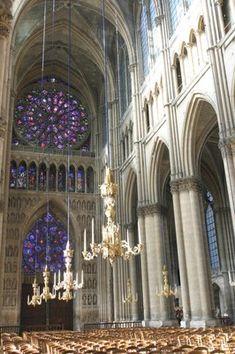 La nef et le choeur — Paroisse Notre-Dame Saint-Jacques de Reims