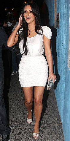 Kim Kardashian Fashion and Style - Kim Kardashian Dress, Clothes, Hairstyle - Page 109