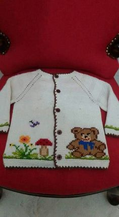 Hand knitted baby cardigan with decoration.Knitted baby by AnaSwet Knitting Charts, Baby Knitting Patterns, Knitting Designs, Baby Patterns, Diy Crafts Knitting, Knitting For Kids, Hand Knitting, Knit Or Crochet, Crochet For Kids