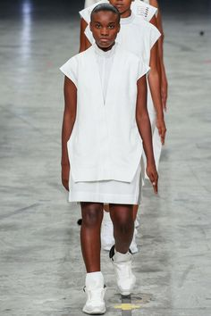 Rick Owens Spring 2014 Ready-to-Wear Collection Slideshow on Style.com