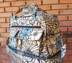 Sew and Sell: Stella Travel Bag – PDF Pattern   Free Serger Lesson from Amy Alan   PatternPile.com