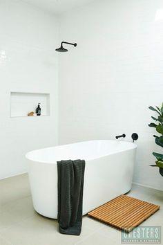 Caroma Freestanding Bath