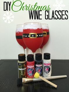 DIY wine glasses - #holidaycrafts #wine #gifts #vinoplease