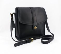 41539144d1c83 Excited to share the latest addition to my  etsy shop  Vintage Coach  Crossbody Messanger