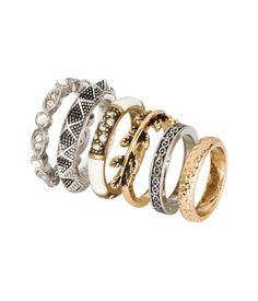 Metal rings in various designs and sizes for wear on upper and lower parts of fingers. | H&M