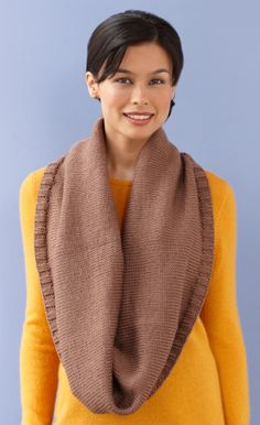Image of Maxi Stockinette Cowl