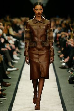 Givenchy Fall 2014 RTW - Runway Photos - Fashion Week - Runway, Fashion Shows and Collections - Vogue