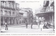 La Muralla, calle que surgió de las aguas San Francisco, The Good Place, Spain, Louvre, Street View, Building, Painting, Travel, Vintage