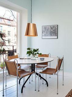 Green walls - via cocolapinedesign.com