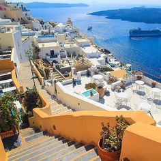 @aysesivil #Oia, #Santorini #Greece Views that you will treasure forever. #watchthisinstagood #instagood