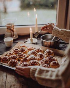 Hygge, Jo And Judy, Autumn Cozy, Fall Baking, Kakao, Aesthetic Food, Cosy Aesthetic, Fall Recipes, Halloween