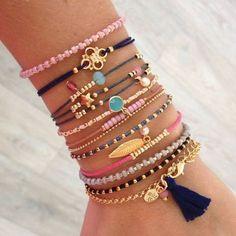65 Ravishing Ideas To Deck Up With Boho Jewelry and Look Hippy - DIY Jewelry Vintage Ideen Cute Jewelry, Boho Jewelry, Jewelry Crafts, Beaded Jewelry, Jewelery, Jewelry Bracelets, Jewelry Accessories, Handmade Jewelry, Jewelry Design