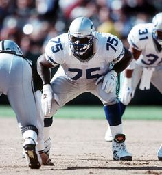 The Walter Jones and Russell Okung of his era for the Hawks. Nfl Football Players, Football Is Life, Football Helmets, Nfl Seattle, Seattle Seahawks, Walter Jones, Nfl Uniforms, Professional Football