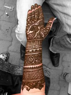 Intense henna, forty minutes, done in Lajpath Nagar, Delhi, India. - Imgur