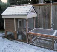 Casa De Los Pollos Indiana Chicken Coop On Wheels With