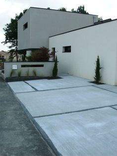 """See our internet site for more information on """"patio pavers design"""". It is an excellent spot to read more. Concrete Pathway, Concrete Driveways, Paving Ideas, Aluminum Patio, Pula, House Landscape, The Great Outdoors, Natural Salt, Outdoor Decor"""