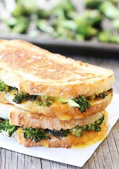 Roasted Broccoli and Grilled Cheese Melt is full of cheesy goodness!