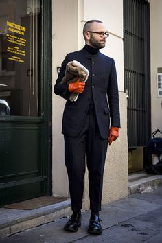 Street Style: Milan Men's Fashion Week — Day 1 Look Fashion, Mens Fashion, Fashion Design, Winter Fashion Casual, Sartorialist, Stylish Men, Streetwear Fashion, Men's Day, Cute Outfits