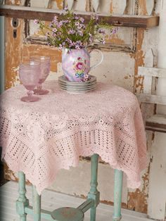 Love these crotchet table cloths #aprilcornell